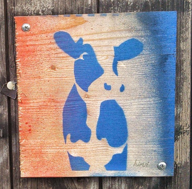 Die Kuh auf Holz